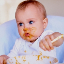 режим харчування дитини до року