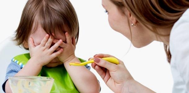 чому дитина не хоче їсти